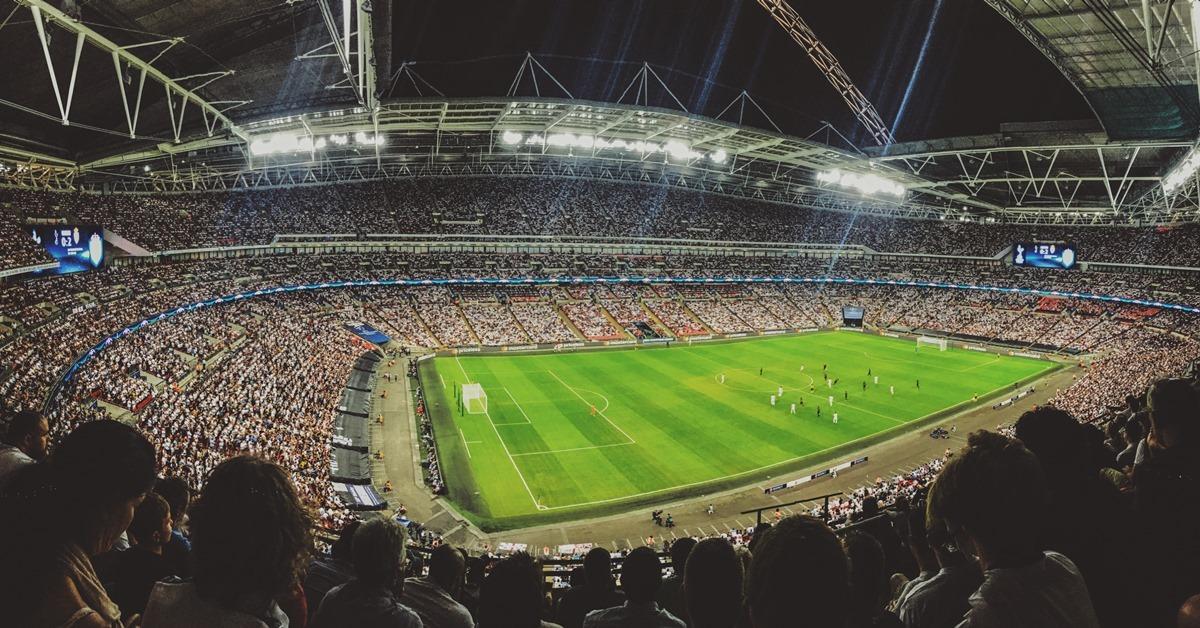 Pun stadion publike na fudbalskoj utakmici
