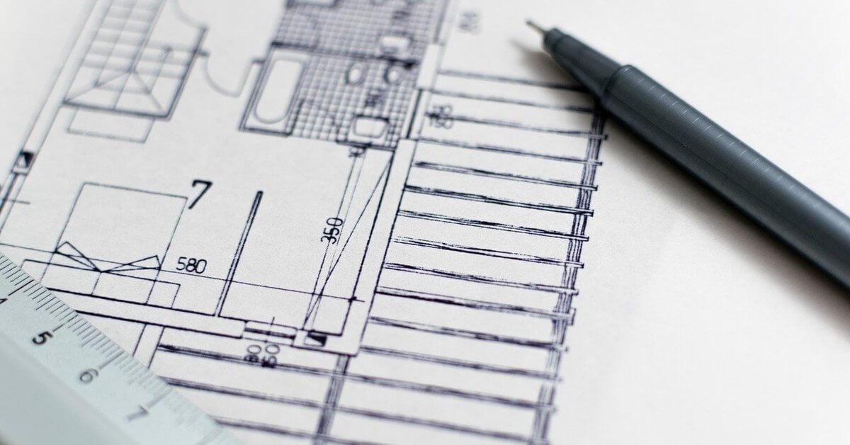 Projektni rad nacrtan na papiru