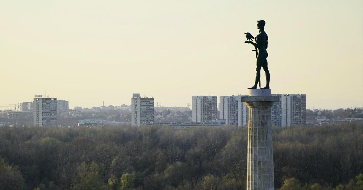 Spomenik Pobednik na Kalemeganu - pogled na Beograd