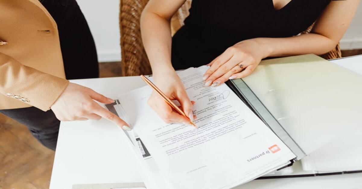 prikazza potpisivanja ugovora